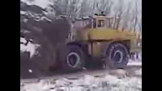 Приколы на тракторах  Русская деревня