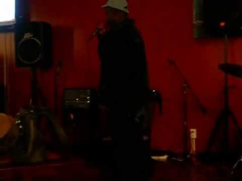 Yvonne's Cafe:  Versie Blackman (Karaoke) December 14, 2012