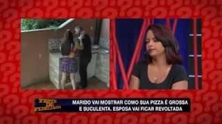Teste de Fidelidade: Sedutora tira blusa e ganha massagem de pizzaiolo