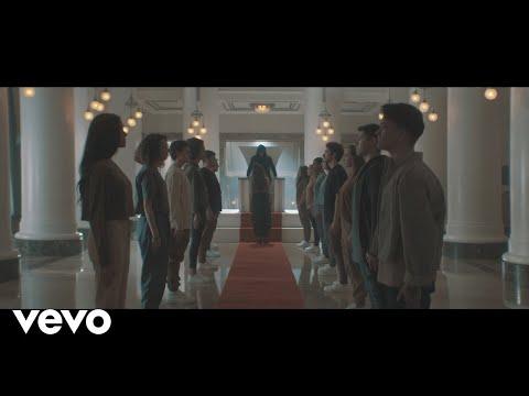 Смотреть клип Amy Shark - Everybody Rise