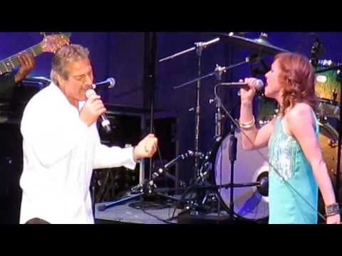 Sergio Mendes - Never Gonna Let You Go Live at Hollywood Bowl