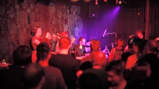 Jungla Jazz spielt Garden von T.E.E.D. (Calibre Remix)