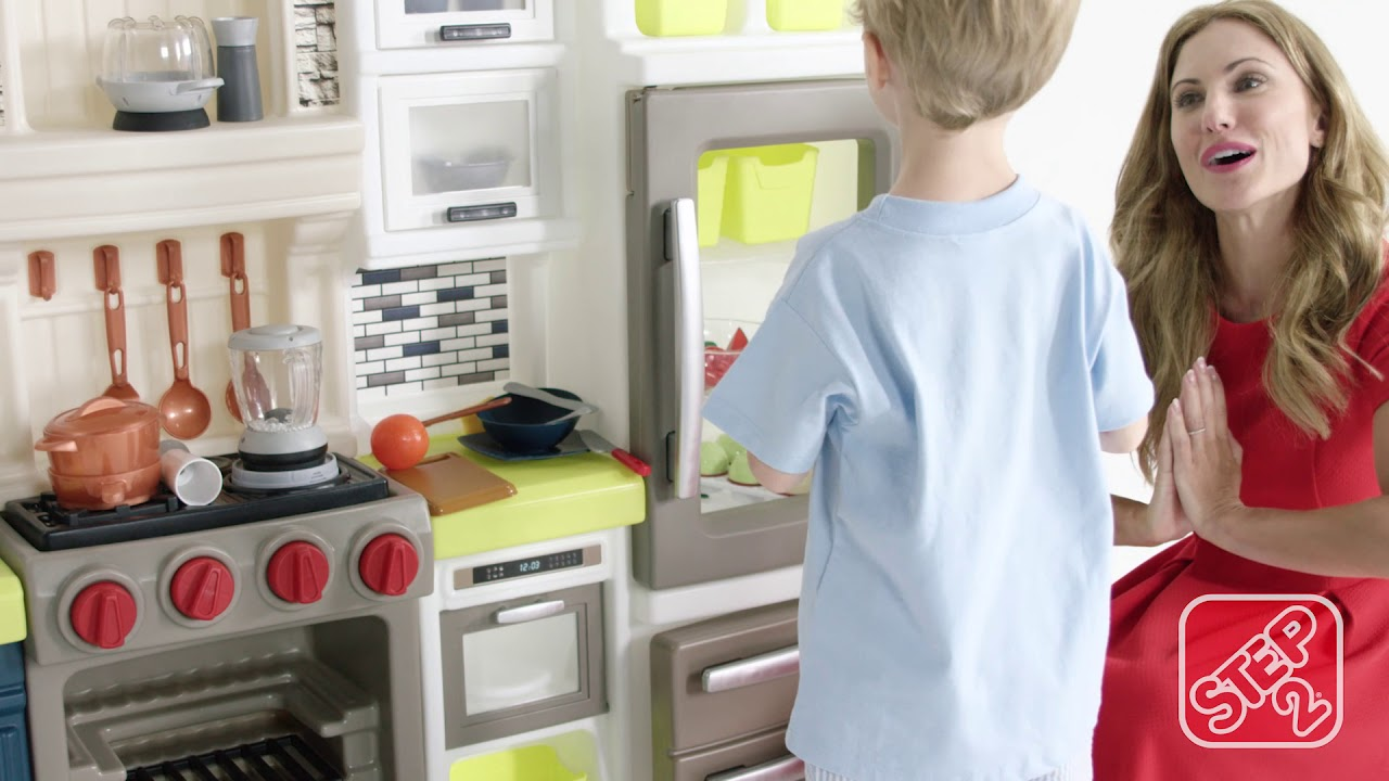 Step2 Elegant Edge Kitchen Playset