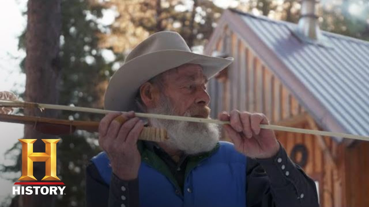 Download Mountain Men: Tom Crafts an Ancient Hunting Weapon (Season 9)   History