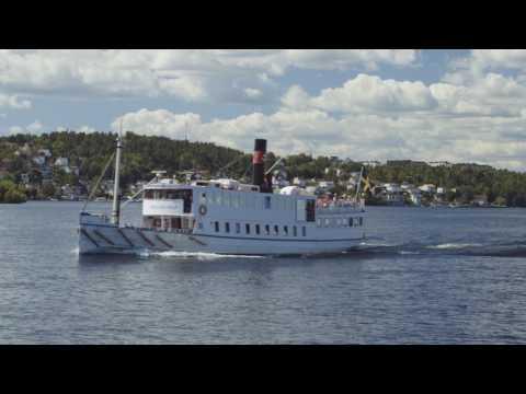 Båt till Drottningholm - dagsutflykt med sekelskiftesfartyg