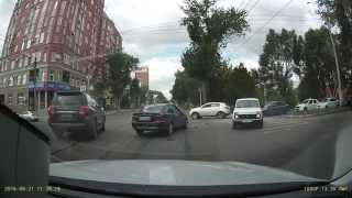 ДТП в Самаре: Нива vs Опель