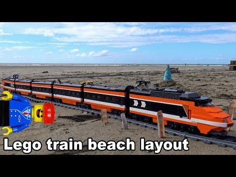 Lego train on a huge beach train layout: collaboration with Bananenbuurman