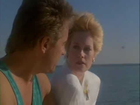 Miami Vice - Melanie Griffith - Holding Back The Years - Sim