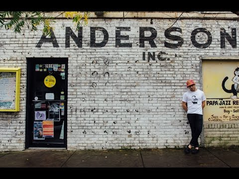 ET Anderson-Love is Not Live at Papa Jazz