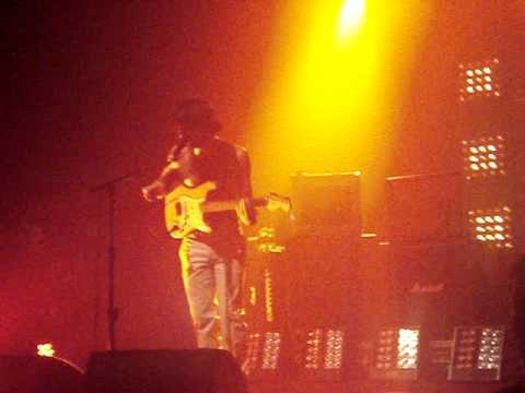 Biffy Clyro - Love Has A Diameter (live @ Alhambra, Dunfermline) 13/6/2009