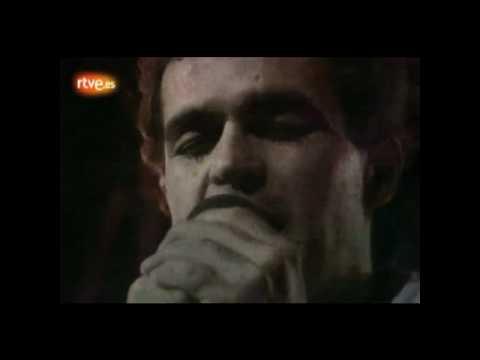 Burning - No Es Extraño Que Tú Estés Loca Por Mí