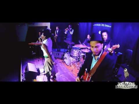 Shirley Davis & The Silverbacks - Dilemma (Live @ A Pousada Das Ánimas)