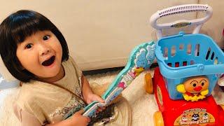 アンパンマンショッピングカートのおもちゃでお買い物ごっこ Haru and Anpanman Shopping Cart Toy