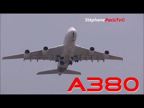 AMAZING Airbus A380 near VERTICAL  take-off at Paris air show 2017