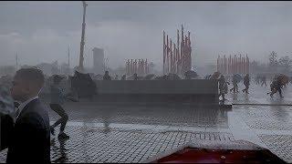 9 МАЯ 2019 ДЕНЬ ПОБЕДЫ СИЛЬНЕЙШАЯ ГРОЗА И УРАГАННЫЙ ВЕТЕР Москва Парк Победы ураган в Москве