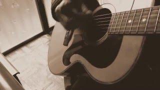 弾き語り cover https://youtu.be/UlbSA3bqs8s?t=3m53s を原曲キーで弾...