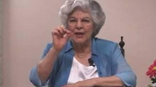 A médium Isabel Salomão de Campos nos mostra como progredir espiritualmente.