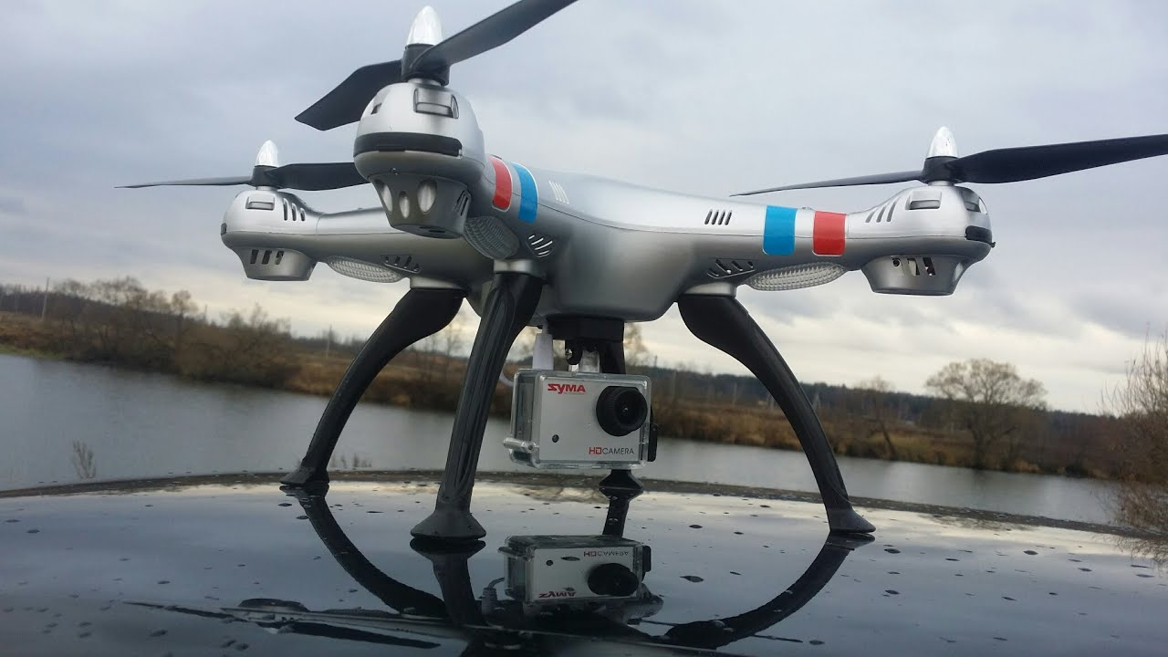 Квадрокоптер на радиоуправлении может все то же самое, что и обычный вертолет: взлетать и садиться, двигаться вперед, назад и в стороны, зависать в воздухе и совершать головокружительные маневры. При этом квадрокоптер отличается от вертолета более практич.
