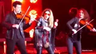 Shania Twain - Rock this Country - Intro - Rock This Country Tour 2015 - Toronto, Canada