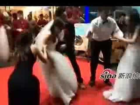 Pregnant mistress crashes wedding in Shenzhen, China