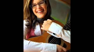 Watch Lisa Loeb Guessing Games video