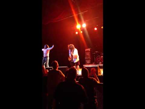 B/S - Marquee Theater- Shredding the guitar