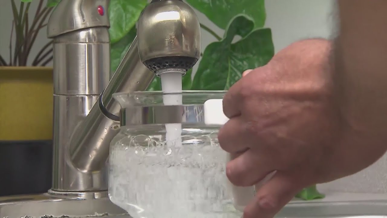 City of Chicago plans to start replacing lead water pipes
