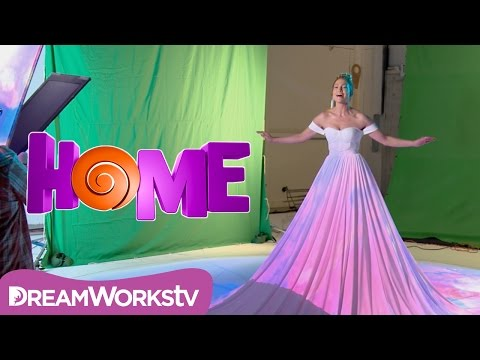 "Making of Jennifer Lopez's ""Feel The Light"" Music Video 