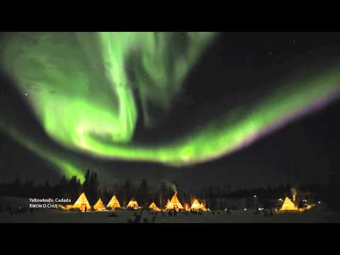Aurora Substorm  - Real time motion (Yellowknife, Canada)