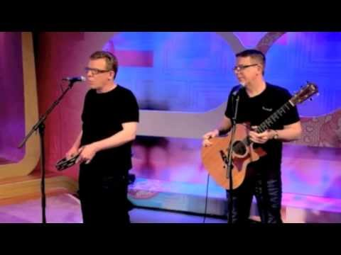 500 miles (I'm Gonna Be) - The Proclaimers on Loose Women, 26 Jun 2013