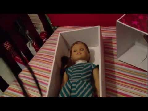 Opening American Girl Doll McKenna Brooks