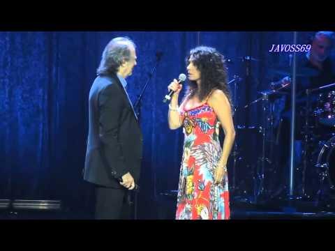 Joan Manuel Serrat & Patricia Sosa -  Es caprichoso...