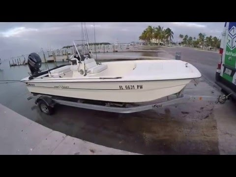 Mako Pro 17 Skiff - Launching and running offshore