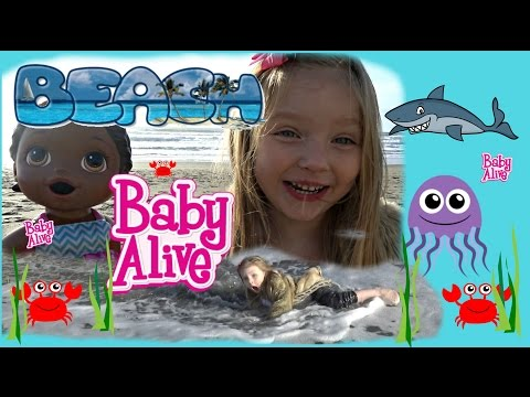 BABY ALIVE has a FUN DAY at the BEACH! SWALLOWED by the OCEAN. The Lilly and Mommy Show