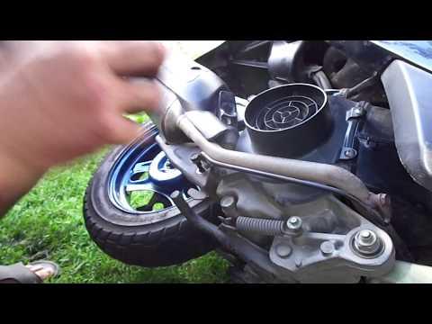 Как снять заднее колесо на скутере 50 кубов видео
