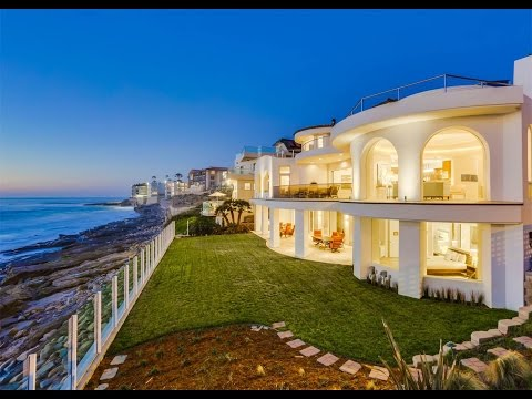 Elegant Coastal Estate in La Jolla, California
