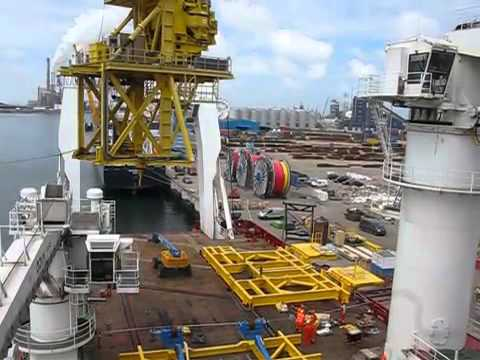 time lapse of VLS loading onto a construction vessel