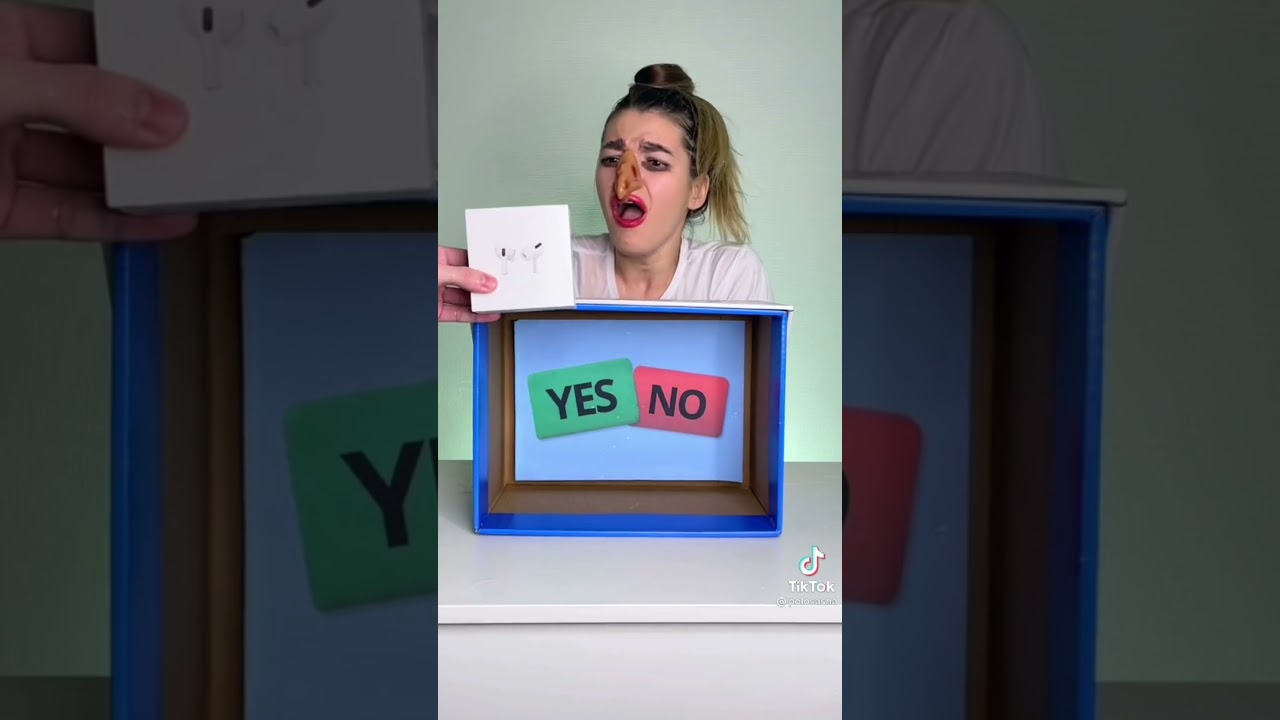 YES / NO Game: part 1 awesome game
