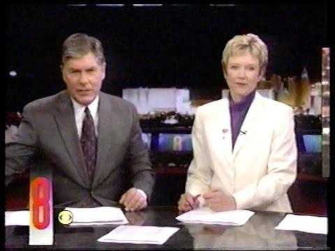 Eyewitness News Dec. 31, 2001 w/Paula Francis & Gary Waddell, KLAS-TV Las Vegas