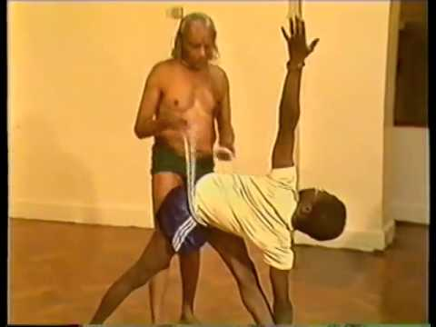 BKS Iyengar Teaching Yoga asana class London 1985 part1 of 2 (Clip 4 of 4)