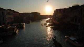 ベネチアへ行こう/THE・人生バンザイズ 作詞・作曲 西野亮廣 2010/6...