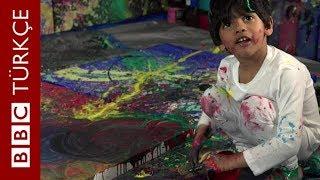 Resimleri binlerce dolara satılan 4 yaşındaki 'sanat dehası'