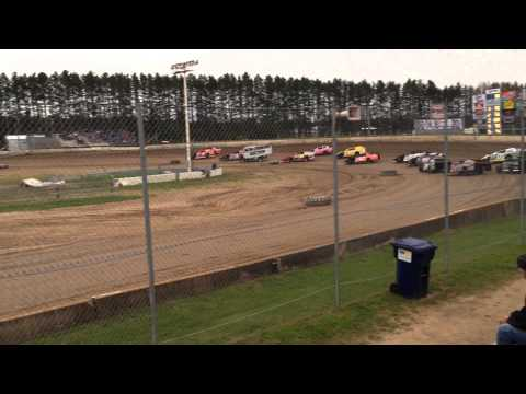 6-14-14 Shane Sabraski Passes For the Lead at North Central Speedway