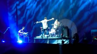 The Vamps - Last Night Intro + Wild Heart (Live)