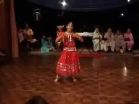 Resham Ka Roomal BOLLYWOOD RAJASTHANI DANCE Amber at  Age 14