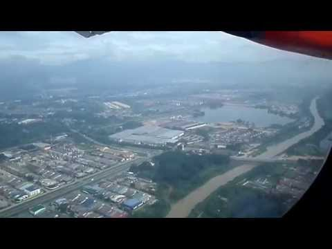 Malindo Air Landing at Sultan Azlan Shah Ipoh Airport from Subang Skypark Terminal