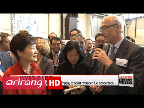 President Park visits French gas company to boost hydrogen fuel cooperation