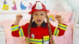 Diana y Papá juegan al bombero