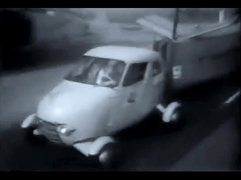 A Flying Car Took to the Skies in Back 1949: See the Taylor Aerocar in Action