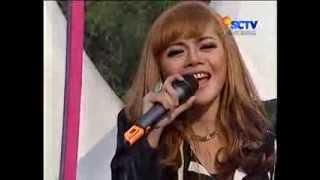 Gambar cover Kereta Malam Live Juwita Bahar Feat Seruni Bahar